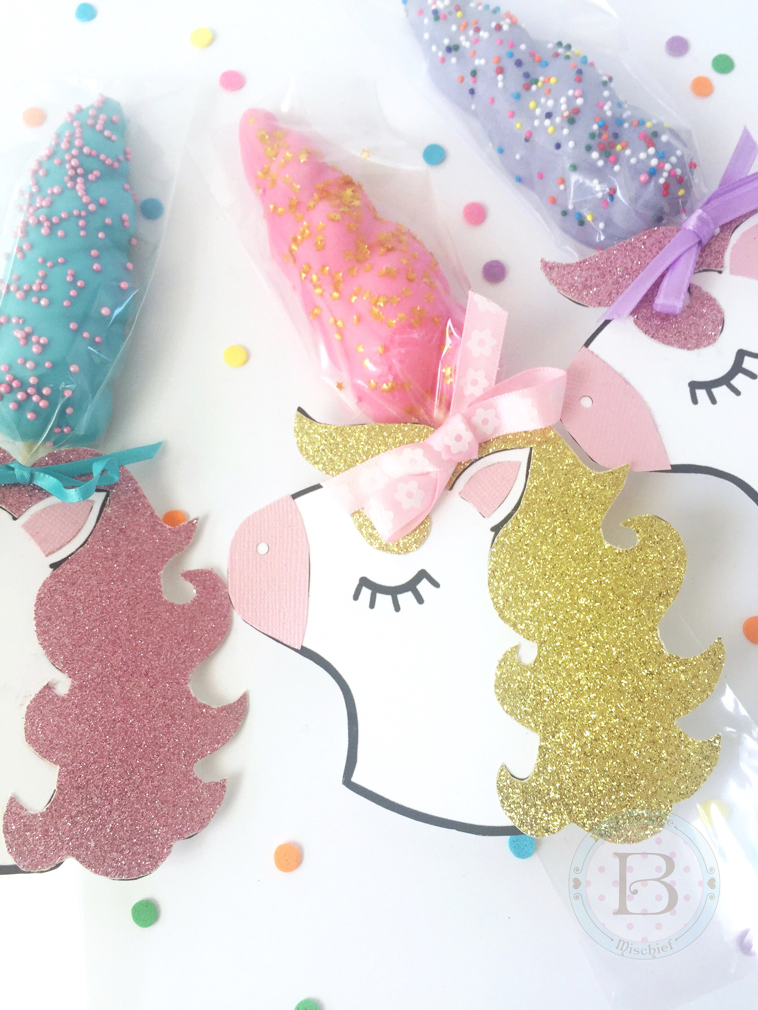 Unicorn Horn Cookie Party Favors with Free Printable by Brownie Mischief