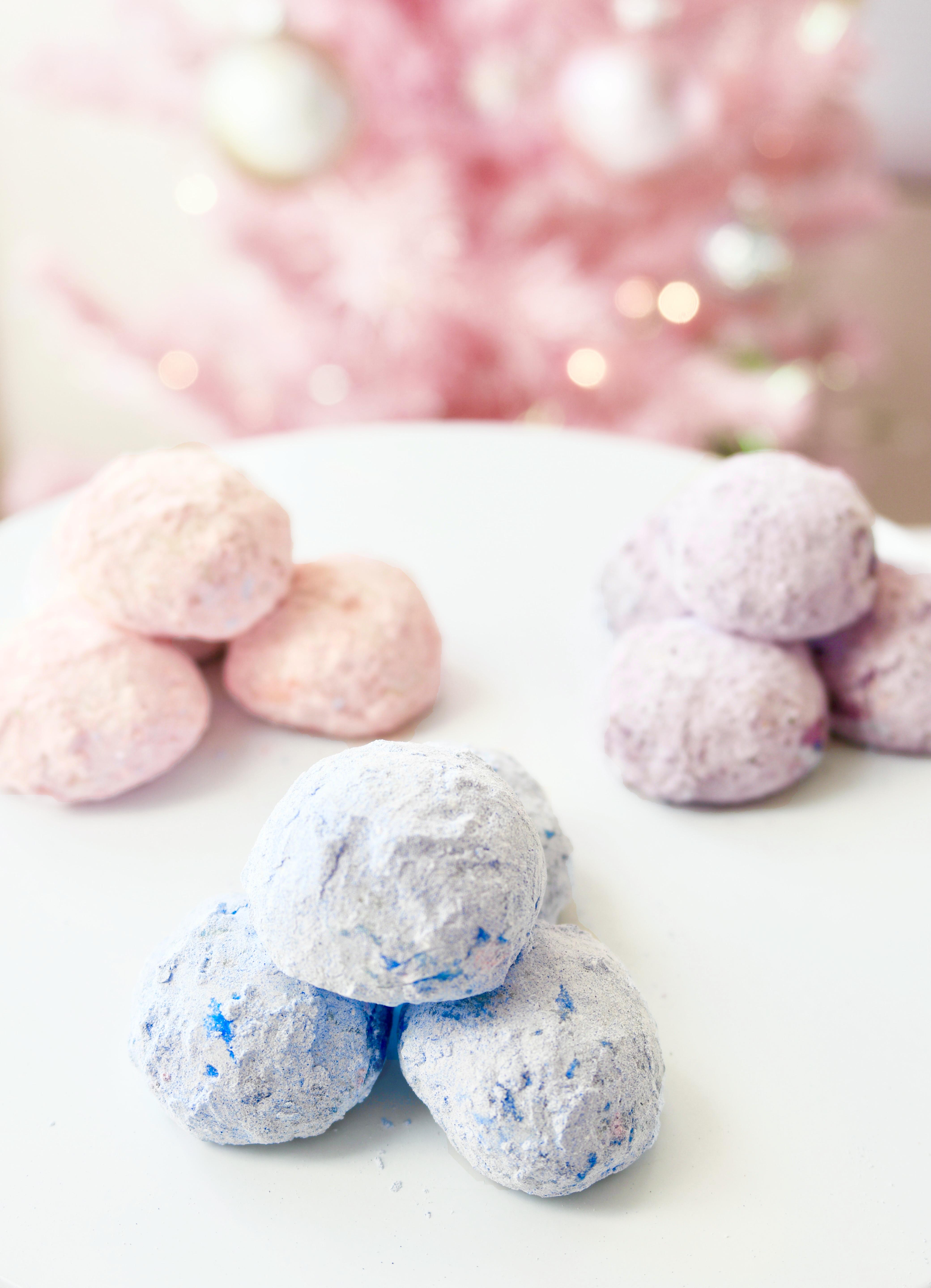 pastel snowball cookies